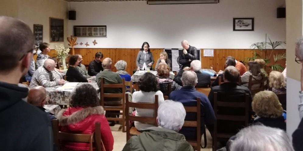 Paderno, contro il nuovo impianto crematorio raccolte mille firme