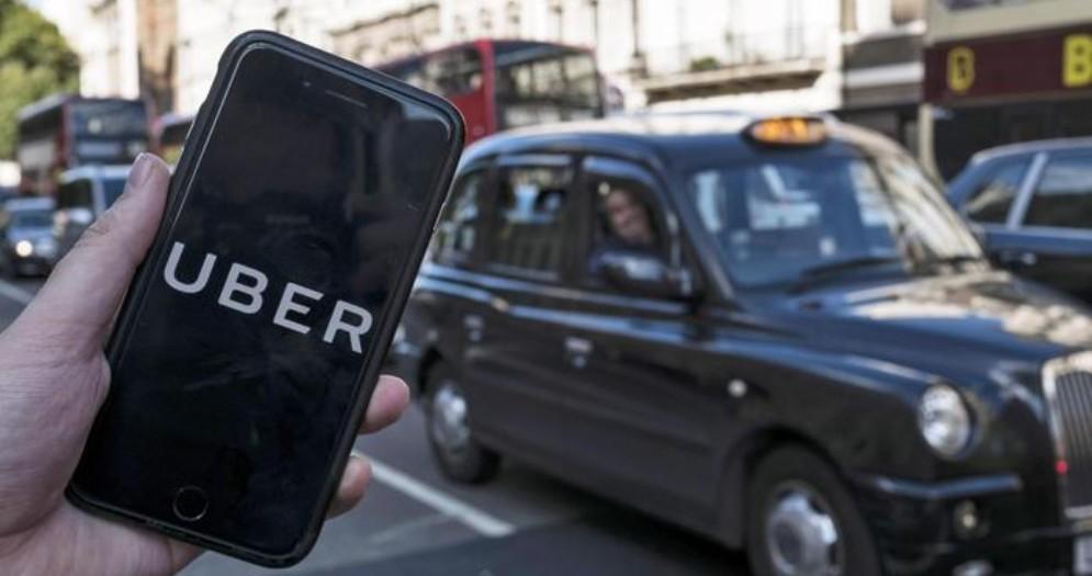 Uber non potrà più operare nella città di Londra