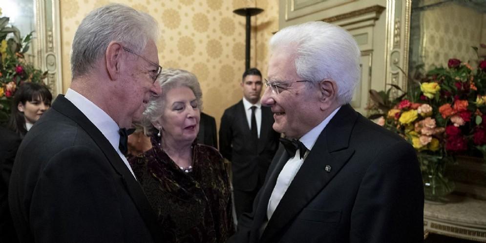 L'ex Premier Mario Monti con il Presidente Sergio Mattarella