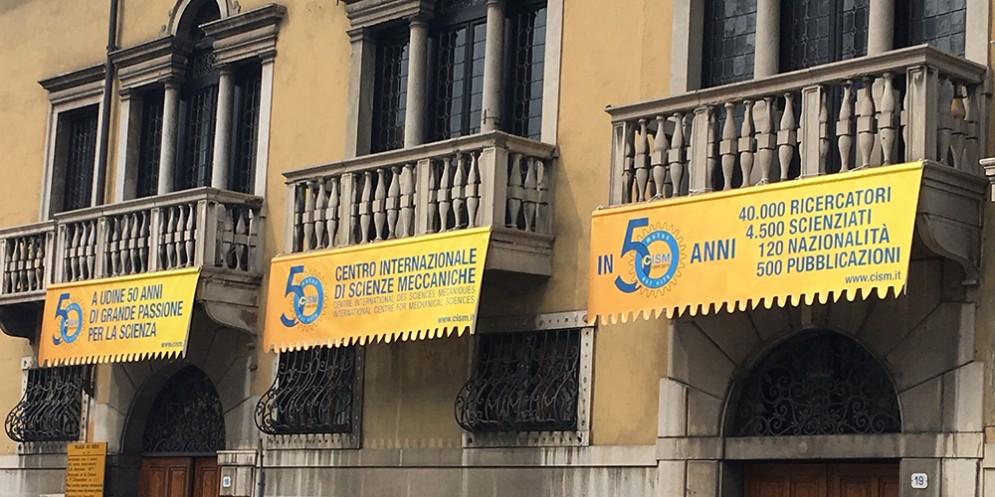"""""""Il fenomeno urbano e la complessità"""": la presentazione al Cism di Udine"""