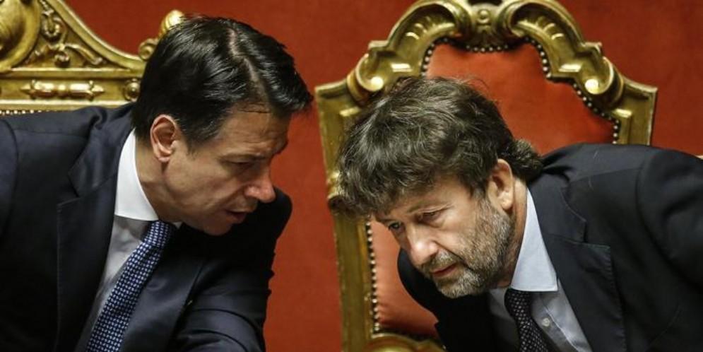 Il Premier Giuseppe Conte con Dario Franceschini, capo delegazione PD nel Governo