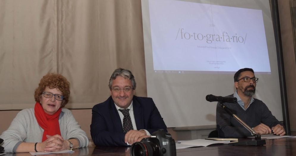 L'assessore Tiziana Gibelli con Enrico Sarcinelli e Luca Giuliani