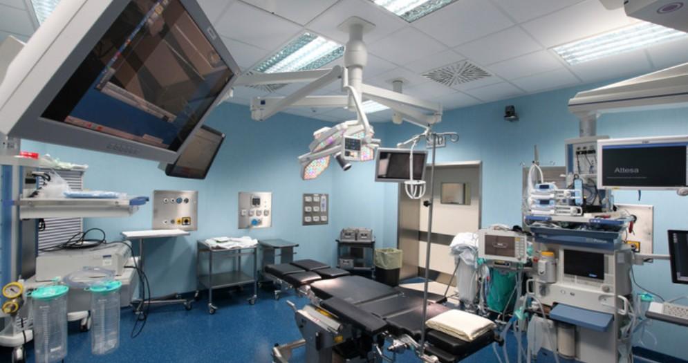 Interno di una sala operatoria