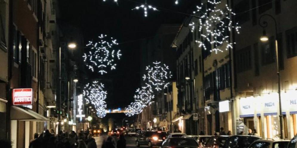 Accordo Confcommercio-Comune: parcheggi su strada gratuiti nelle domeniche di dicembre