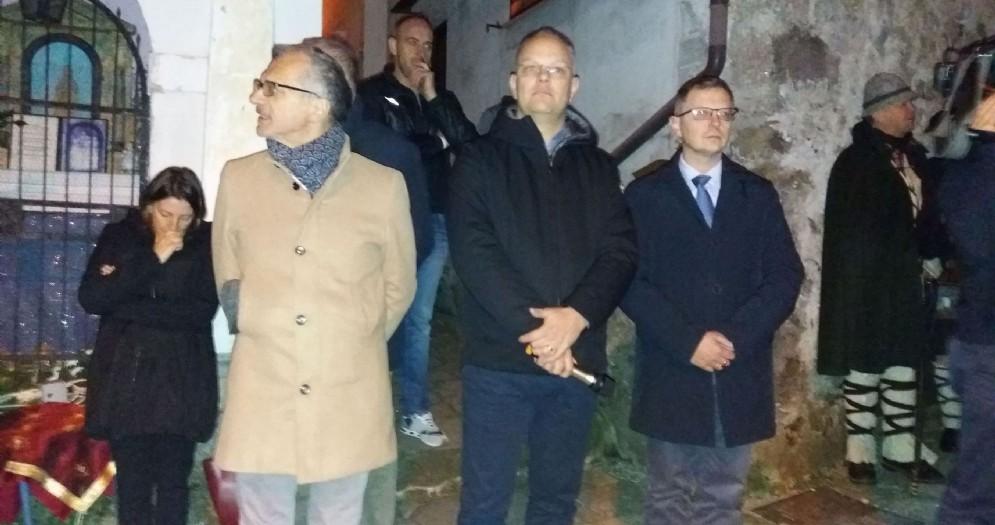 Stefano Zannier all'inaugurazione di Poffabro Presepe tra i Presepi