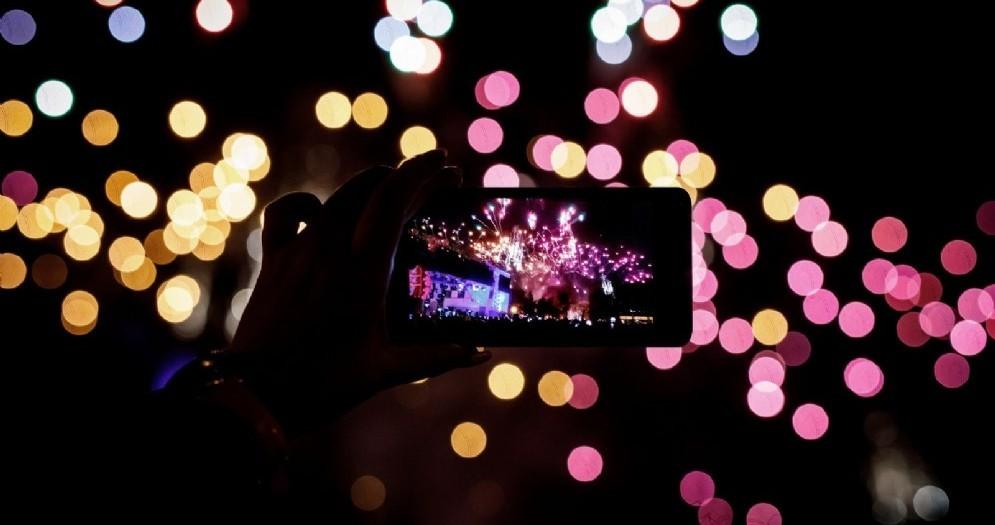 Uso smartphone e social network a Capodanno