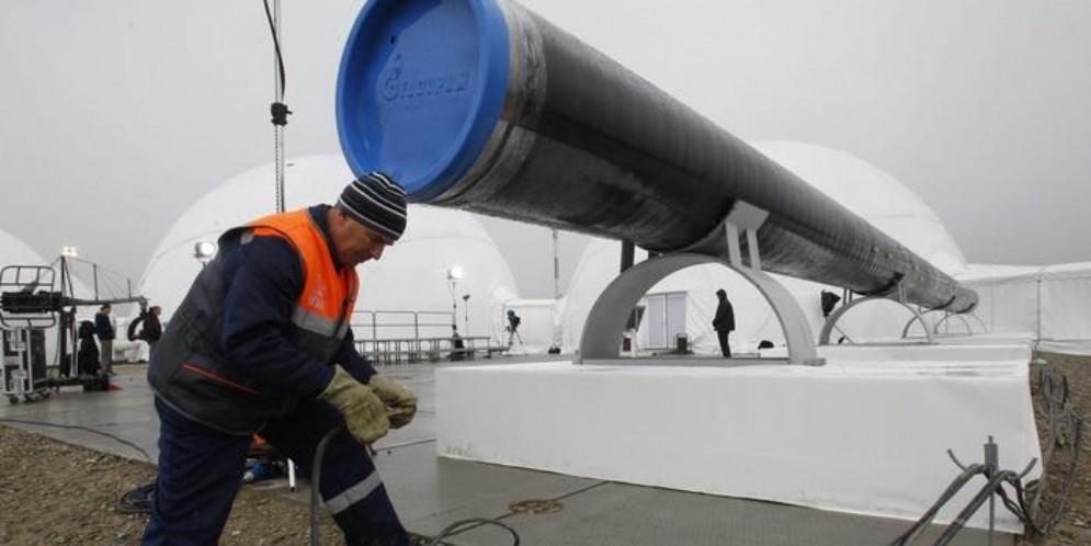 Operai al lavoro sul gasdotto North Stream 2