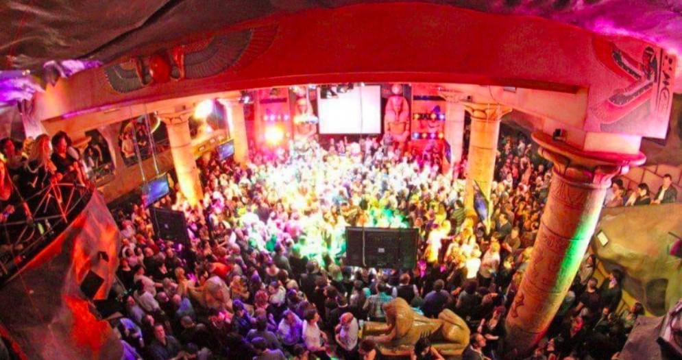 Maxi rissa alla discoteca 'La Grotta'