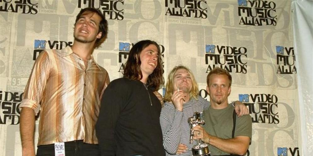 I Nirvana durante una premiazione agli MTV Music Awards