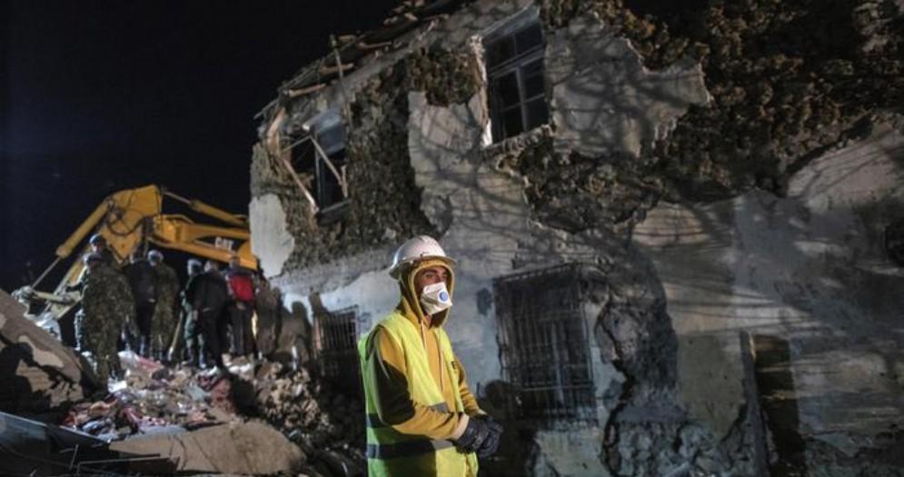 La ionosfera possibile «sentinella» dei terremoti
