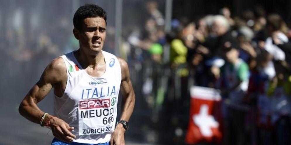 Daniele Meucci con la maglia della nazionale