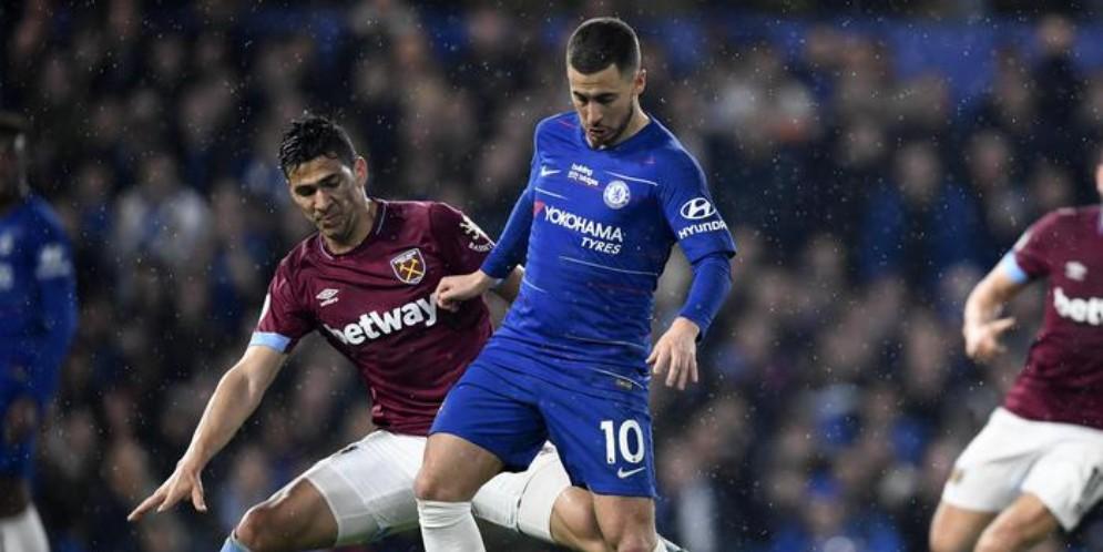 Eden Hazard con la maglia del Chelsea