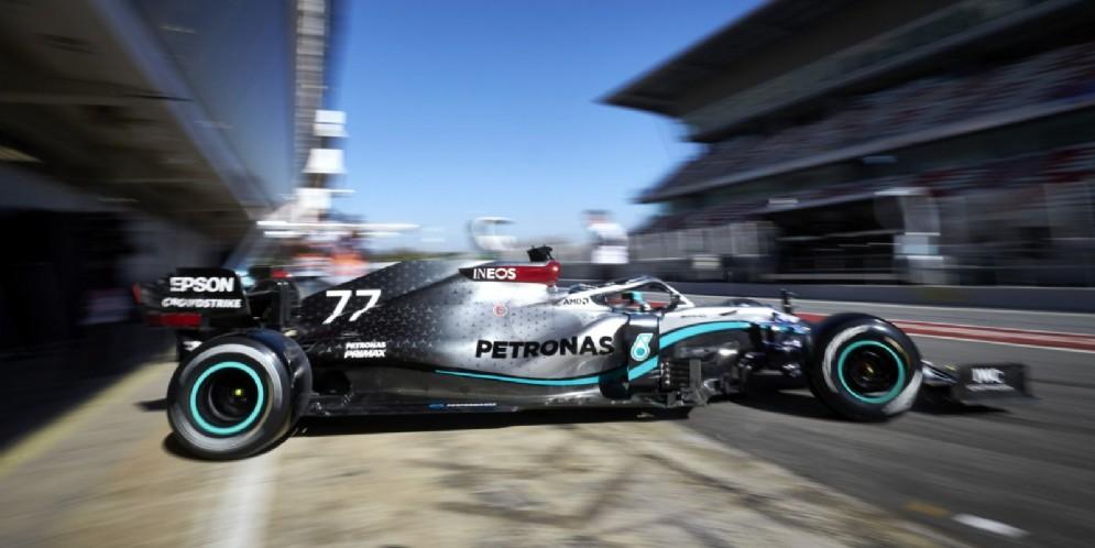La Mercedes di Bottas durante i test di Barcellona