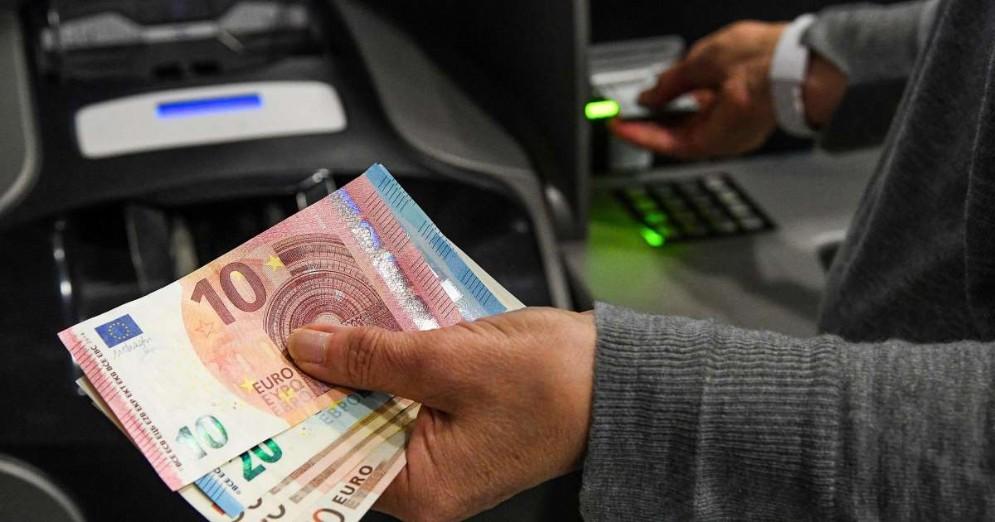 Antonio Misiani: «Abbiamo 25 miliardi e li spendiamo tutti subito. Ad aprile altro decreto»