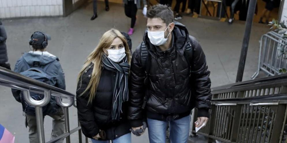 «Come gestire un virus che non sparirà miracolosamente»