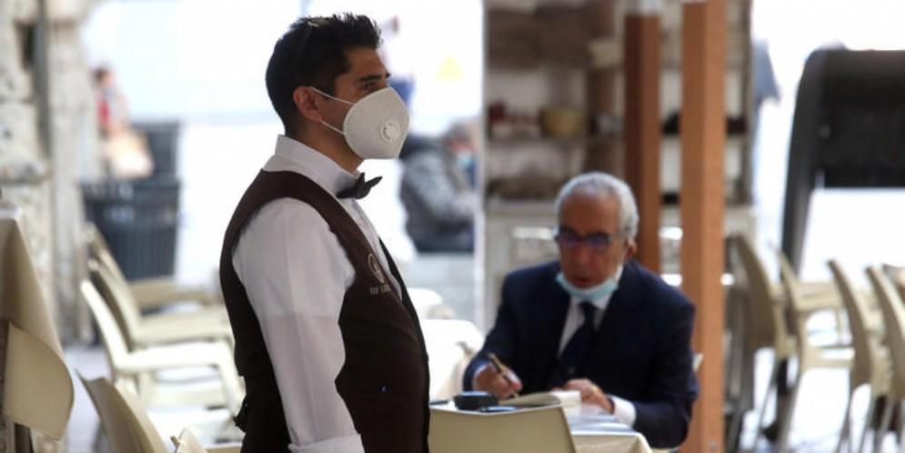 Lavoro, crisi «mascherata» in Europa