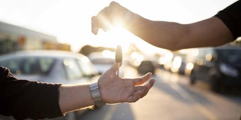 Consegna chiavi per acquisto vettura