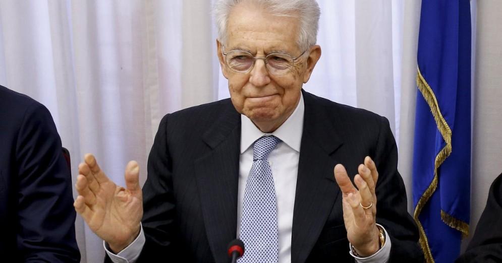 Il Senatore a Vita, Mario Monti