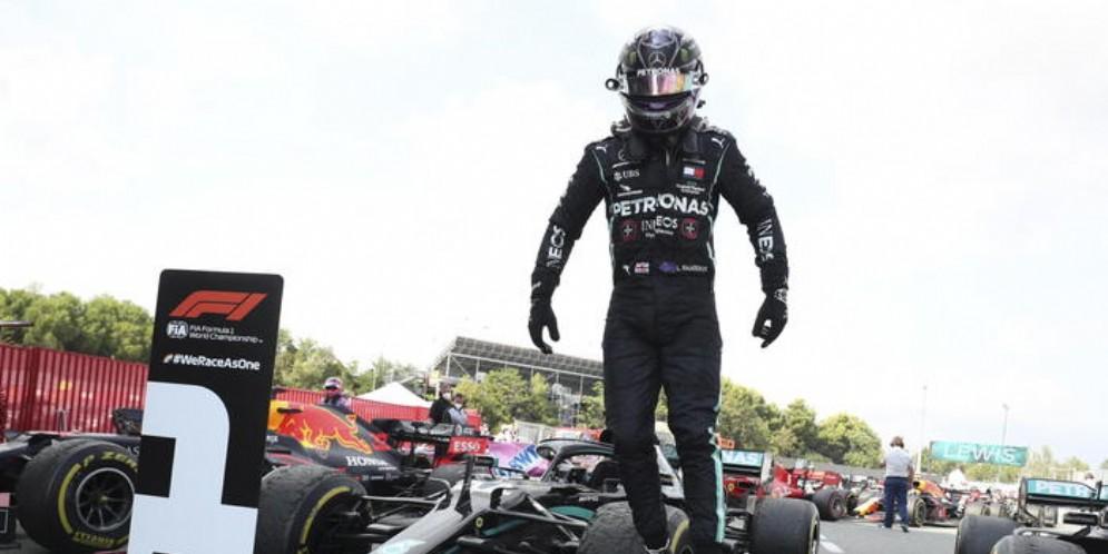 In Spagna quarta vittoria stagionale per Lewis Hamilton