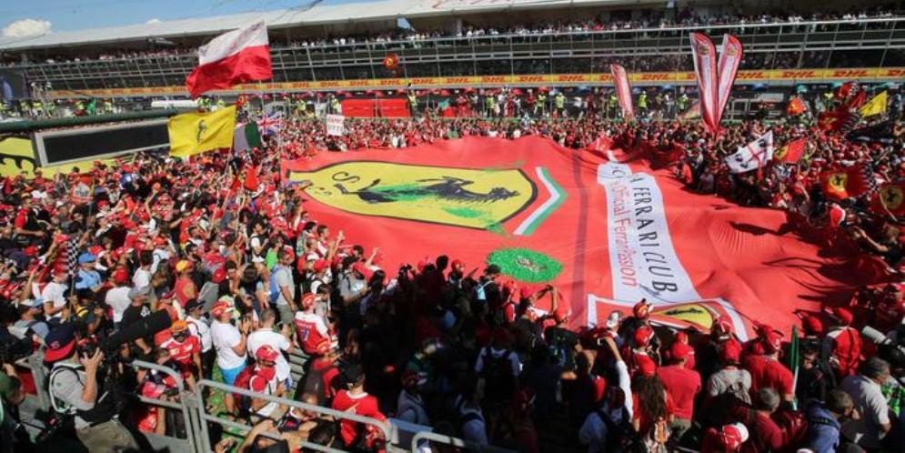 L'appello della Ferrari ai tifosi: «Abbiamo bisogno di voi»