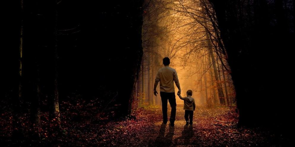 Papà 2020, sfide e requisiti dell'essere padre ai giorni nostri