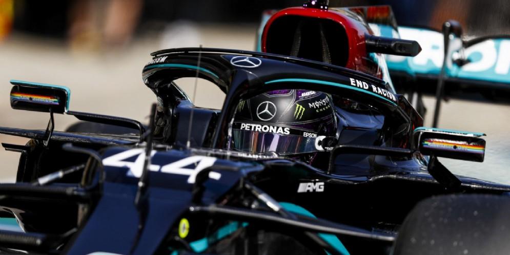 Arriva in Russia la pole position numero 96 in carriera per Lewis Hamilton
