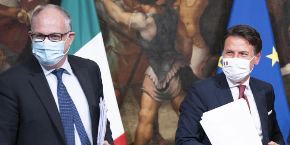 Il Ministro Roberto GUALTIERI con il Presidente del Consiglio, Giuseppe CONTE