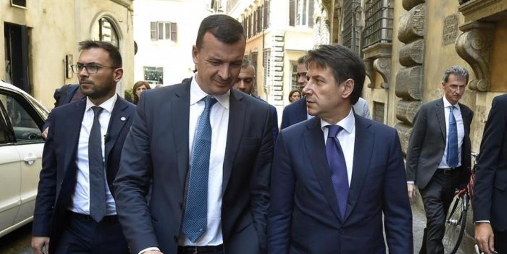 Il Premier Giuseppe Conte con il portavoce Rocco Casalino