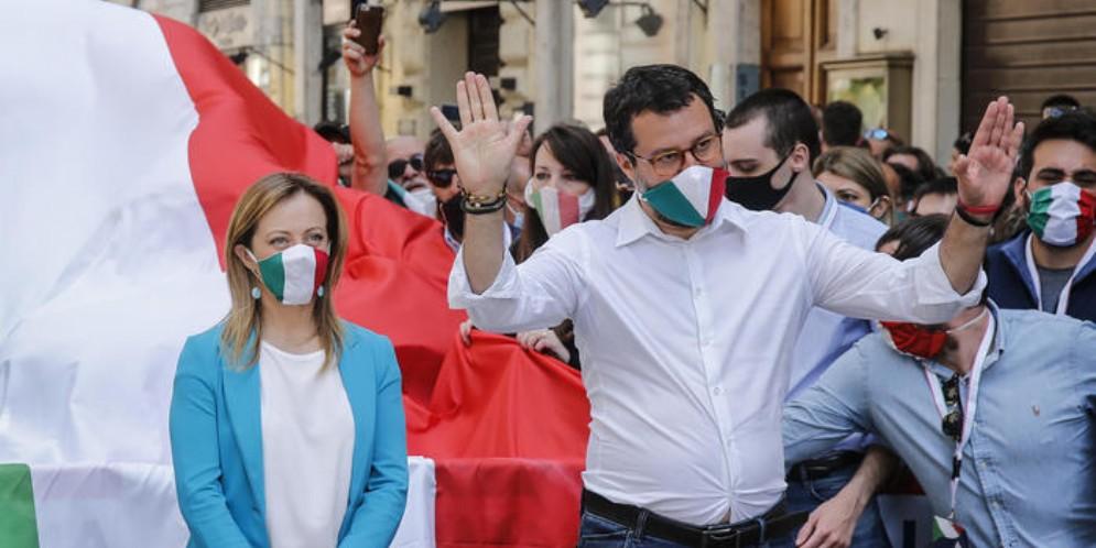 Giorgia Meloni e Matteo Salvini ad una manifestazione del centrodestra