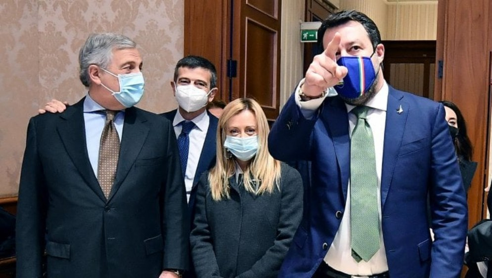 Da sinistra: Antonio Tajani, Giorgia Meloni e Matteo Salvini