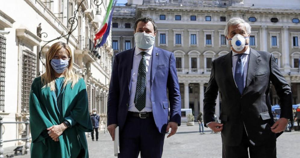 Da sinistra: Giorgia Meloni, Matteo Salvini e Antonio Tajani