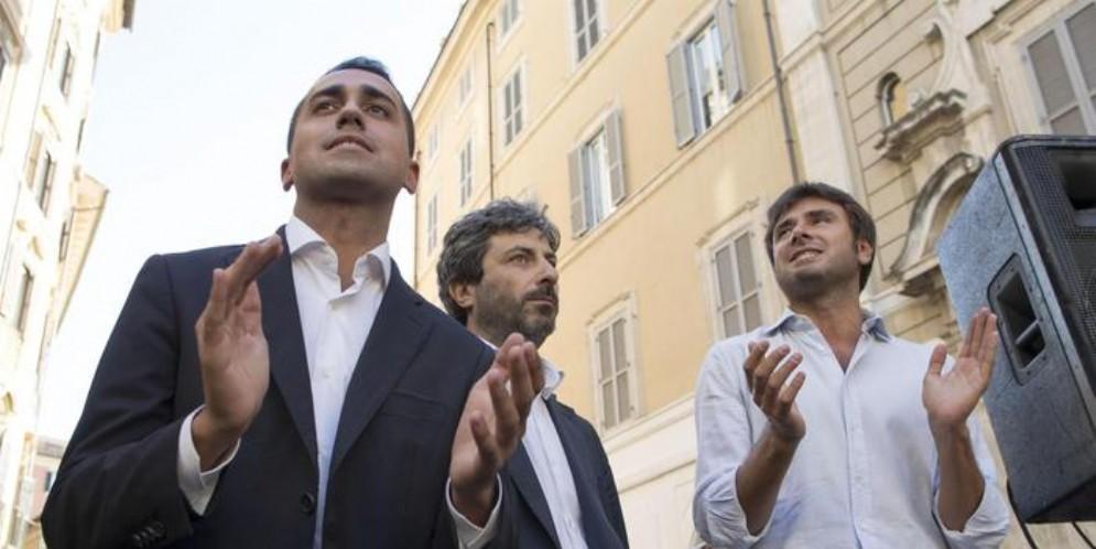 Da sinistra: Luigi Di Maio, Roberto Fico e Alessandro Di Battista