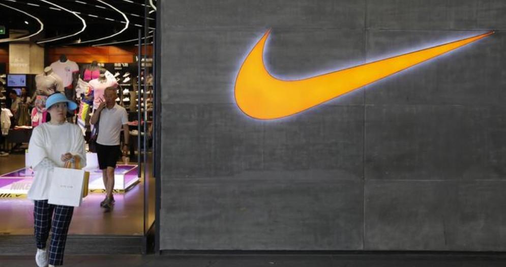 La Cina chiama al boicottaggio contro Nike e altri brand globali
