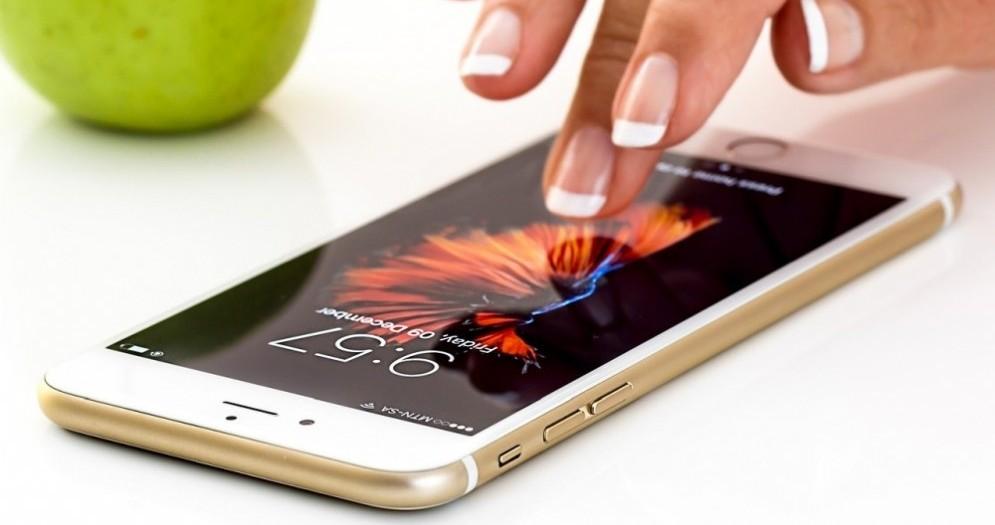 Il mercato degli smartphone non frena online: +60,6% di intenzioni di acquisto nel 2020