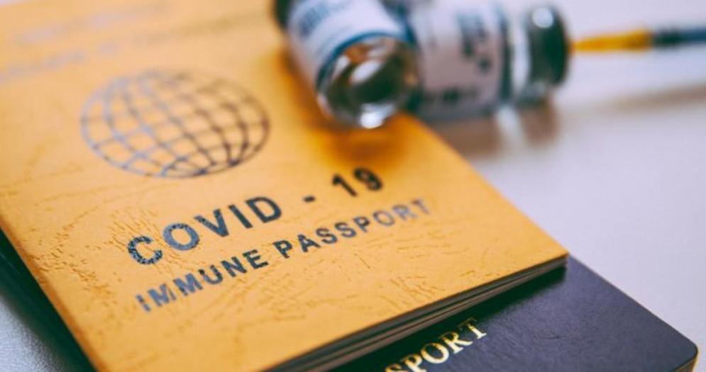 Barillari: «Il passaporto vaccinale non deve discriminare i cittadini italiani»