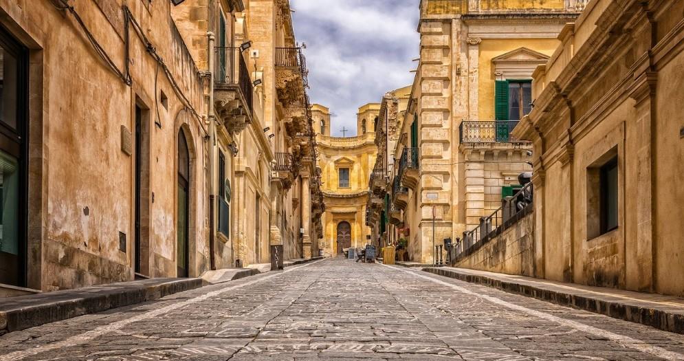 Sicilia, terra da sogno: ecco come raggiungerla