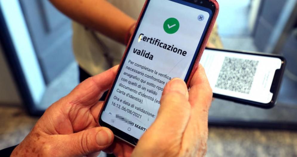 Marini: «Perché abbiamo lanciato un referendum contro il green pass»