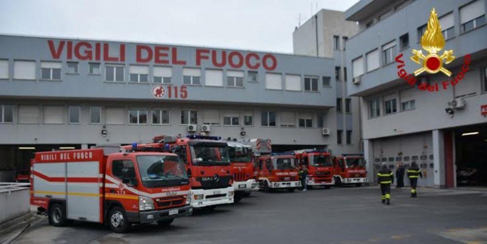 Prende fuoco il frigorifero, evacuato appartamento in via dei Moreri a Trieste - Diario di Trieste